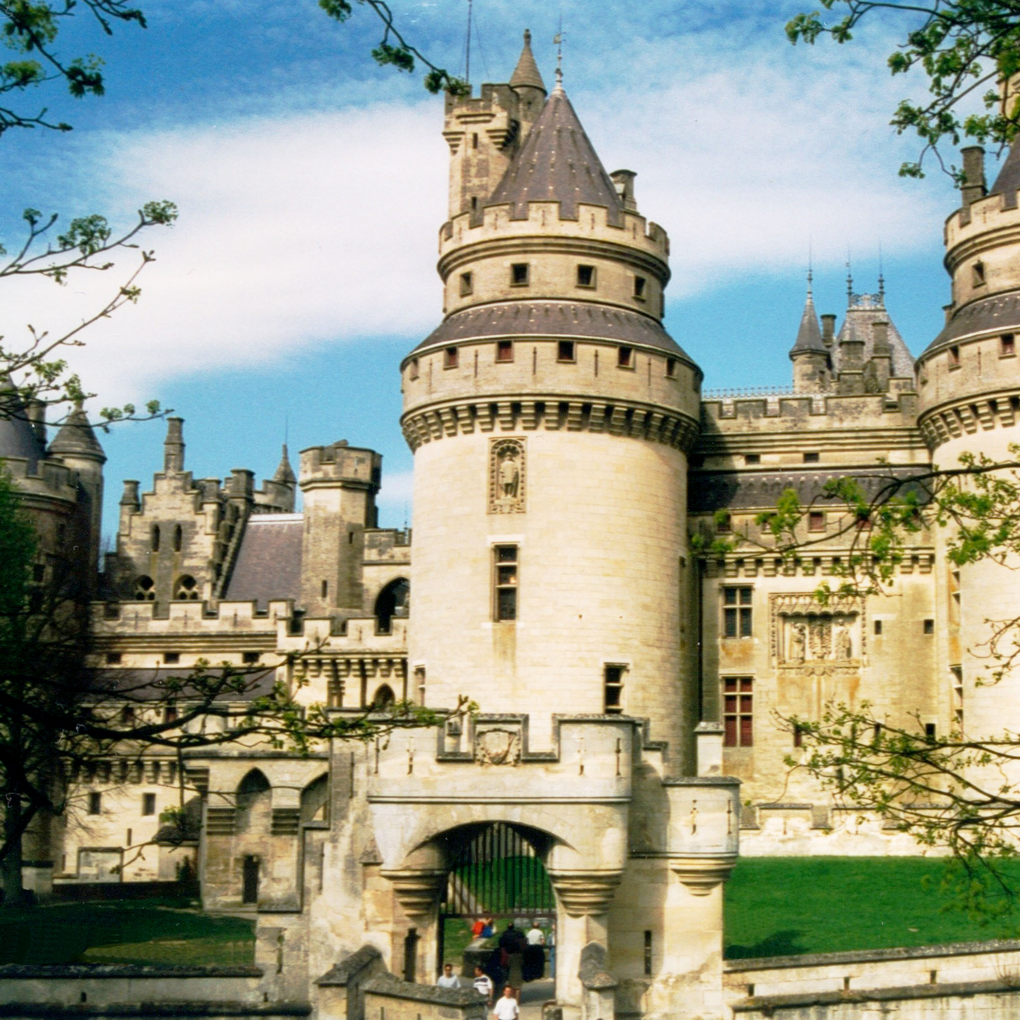 Château_de_Pierrefonds_gîte_saint_germain_oise_versigny